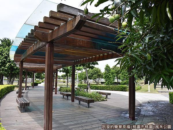 風禾公園10-涼亭.JPG
