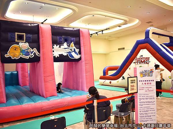 卡通夏日嘉年華16-4座探險活寶大型氣墊樂園.JPG