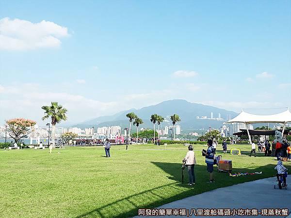 八里渡船碼頭小吃市集01-八里左岸公園環境教育中心前.jpg