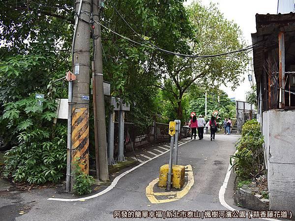 楓樹河濱公園05-汽車禁止進入.JPG