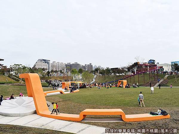 鳳禾公園01-遊戲區全景.JPG