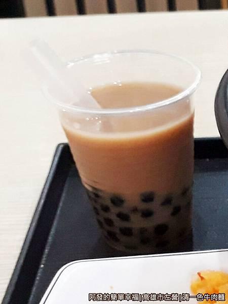 清一色牛肉麵11-珍奶.jpg