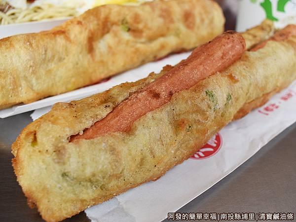 清寶鹹油條13-鹹油條加蛋加熱狗.JPG