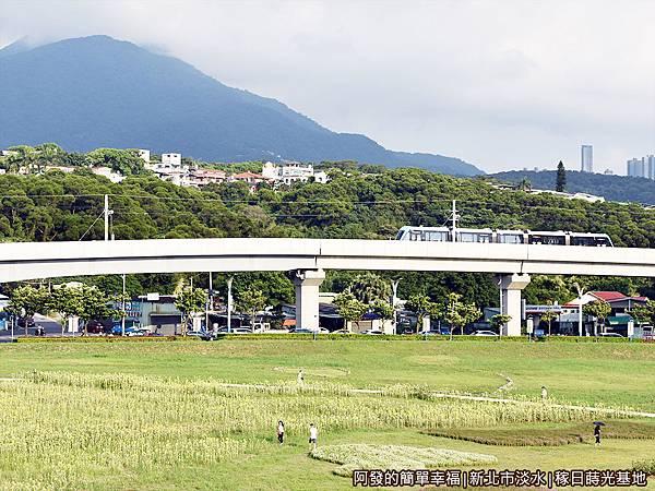 稼日蒔光基地21-淡水行政中心站上的視野II.JPG