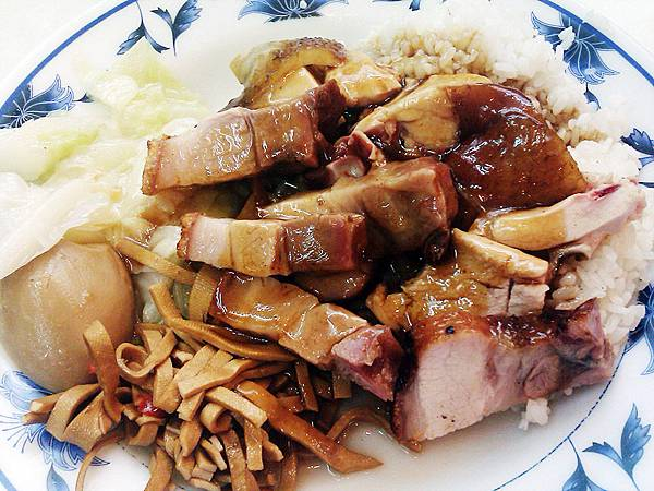 圖集用-香城燒臘小館17-燒肉油雞飯.jpg