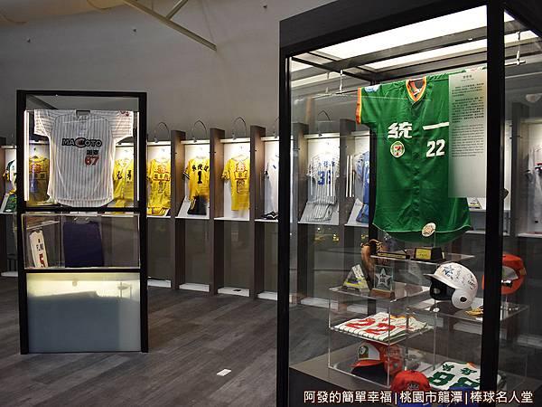 台灣棒球名人堂13-7樓-棒球經典區.JPG