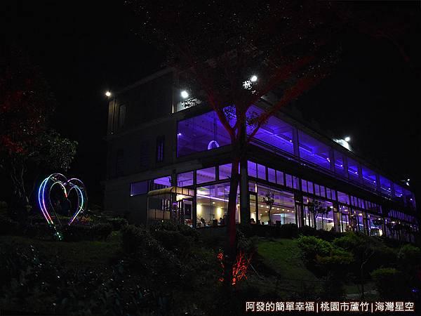 海灣星空37-夜晚的海灣星空建築.JPG