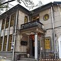 一銀麵02-建築外觀60多年的老房子.JPG