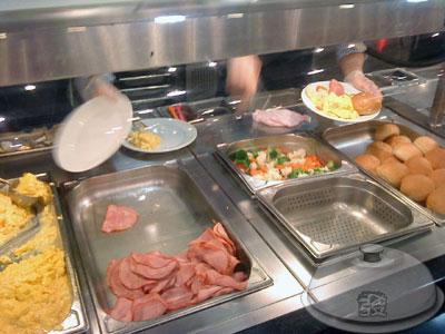 IKEA宜家家居餐廳-點餐處5-主餐區.jpg