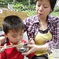 樂區-文化館午餐03-自備 鹹水雞、糯米腸、麵包.jpg