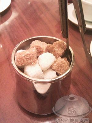 米朗琪咖啡館13糖塊.jpg