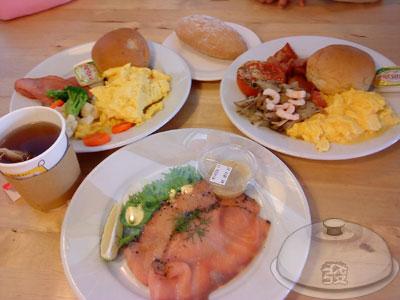 IKEA宜家家居餐廳-我們的早餐.jpg
