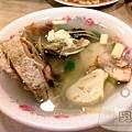 沒有店名的日本料理-昆明街-鮮魚湯70元.jpg
