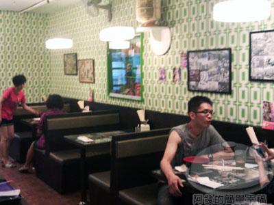 好好味茶餐廳10-二樓一角.jpg