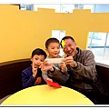 1021201~yoyo鈞四歲生日《媽媽城堡》