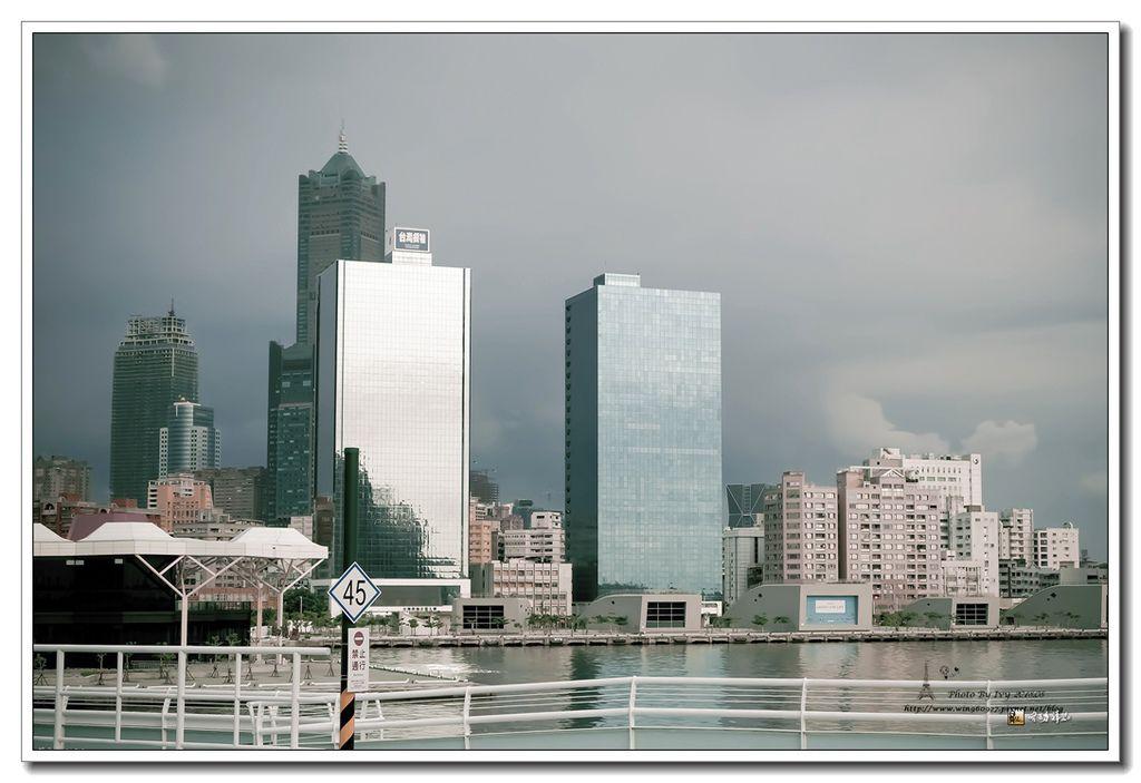 awen01-240.jpg
