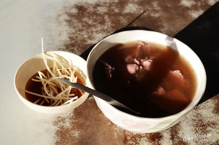 六千牛肉湯01-1.jpg
