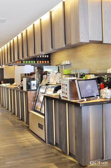 LITE bakery 02.jpg