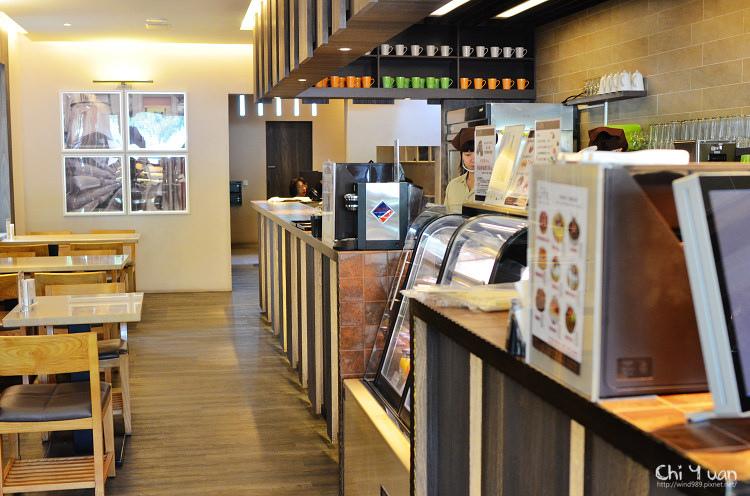 LITE bakery 04.jpg