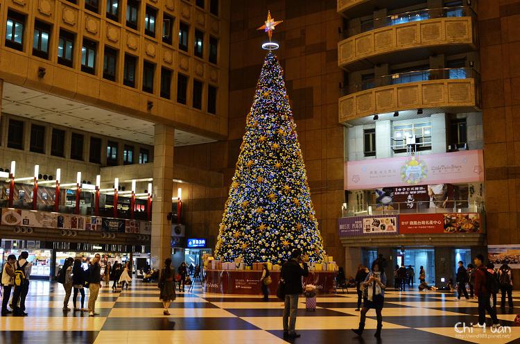 2013台北車站聖誕樹05.jpg