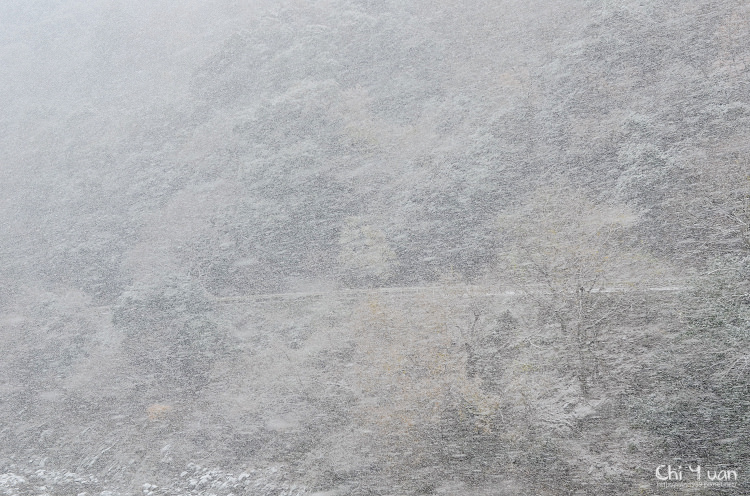 嵯峨野觀光鐵道-冬雪02.jpg
