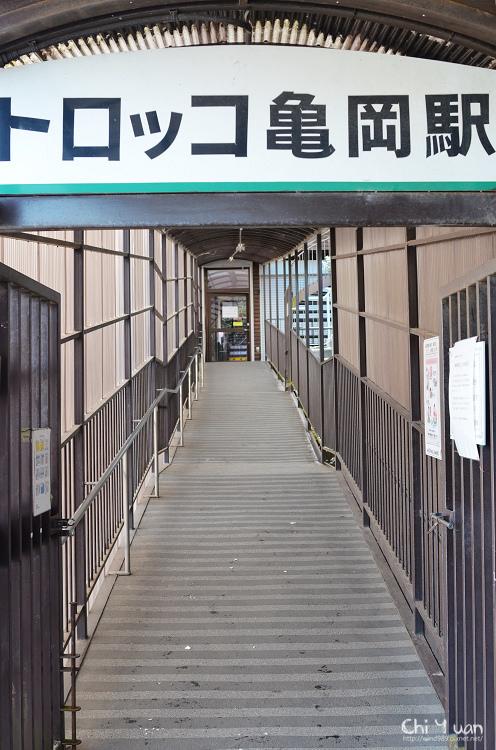 嵯蛾野觀光列車02.jpg