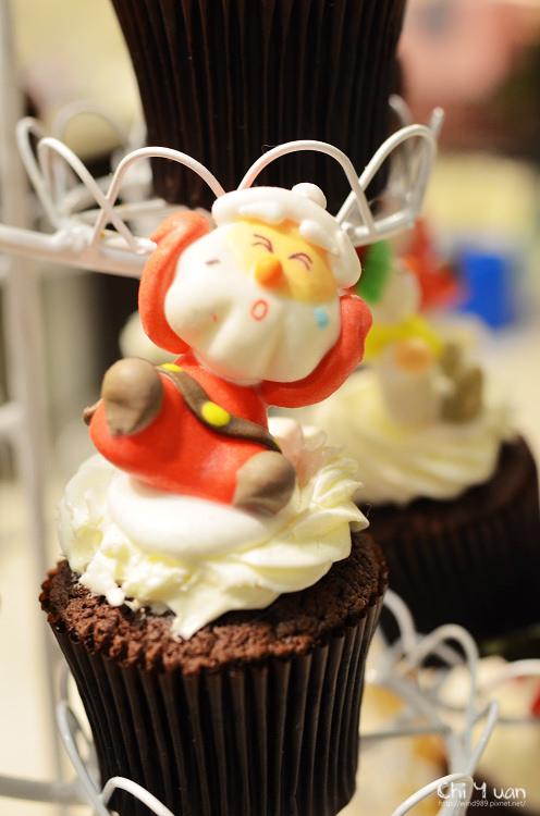 Cloudy cupcake08.jpg