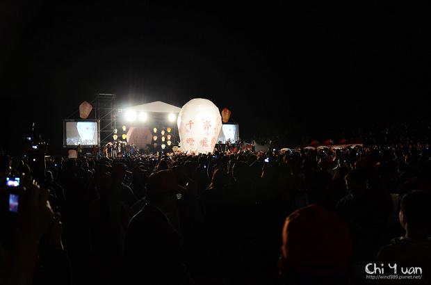2012平溪天燈節-千燈07.jpg