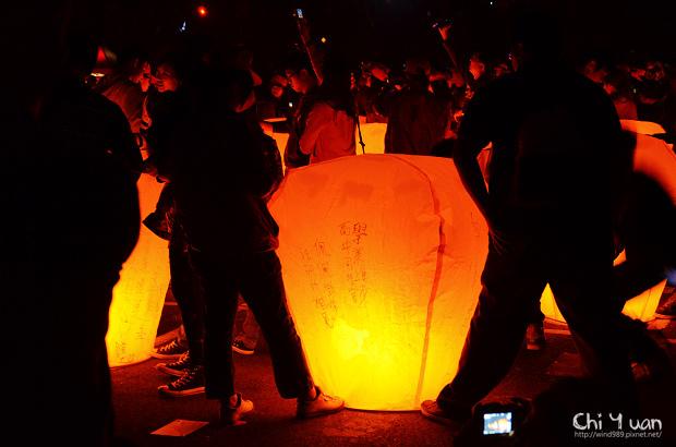 2012平溪天燈節-千燈09.jpg