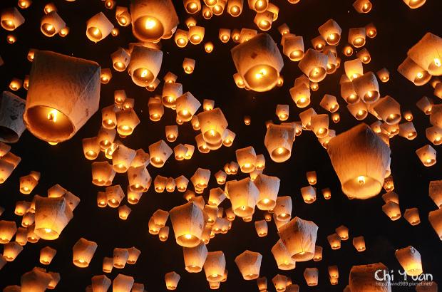 2012平溪天燈節-千燈20.jpg