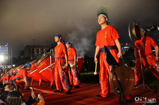 2012台北燈節主燈04.jpg