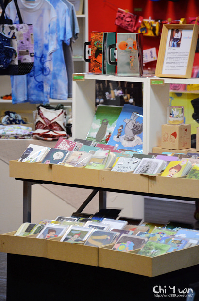 Shopping MOCA05.jpg