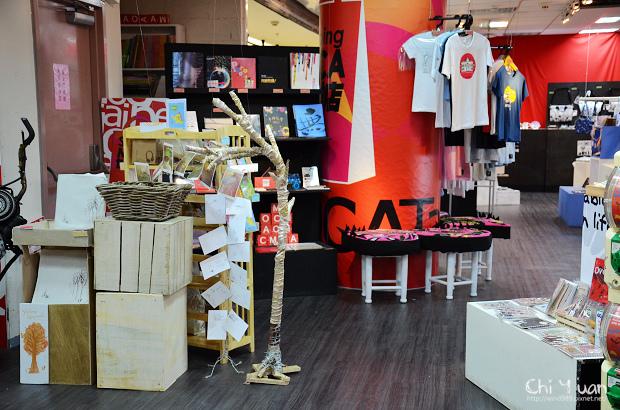 Shopping MOCA13.jpg