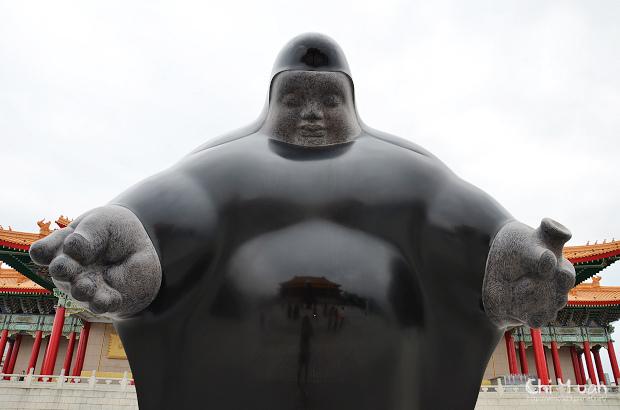 李真戶外雕塑展08.jpg