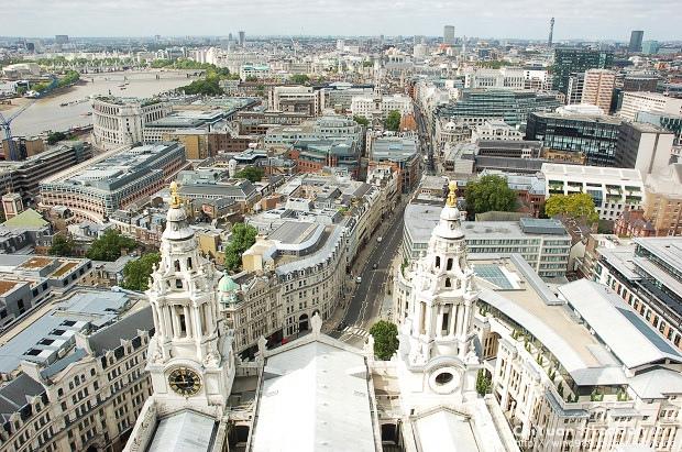 聖保羅大教堂俯瞰倫敦01.JPG