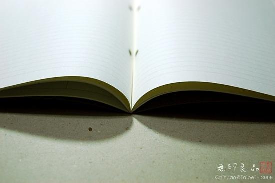 無印良品。再生紙筆記本(月記事)06