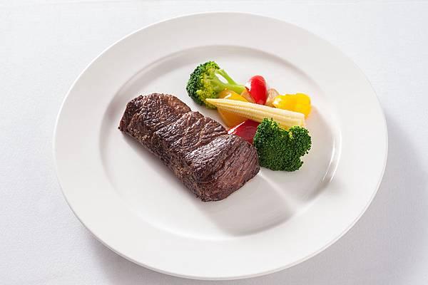 哥法諾牛排西餐廳主餐3