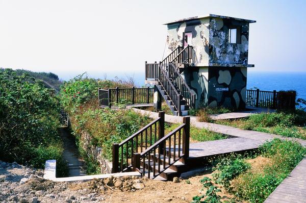 013美人洞附近的碉堡.jpg