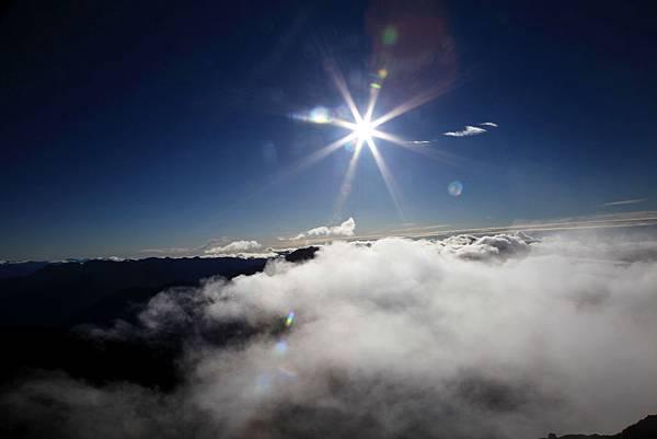 B-玉山雲海1.jpg
