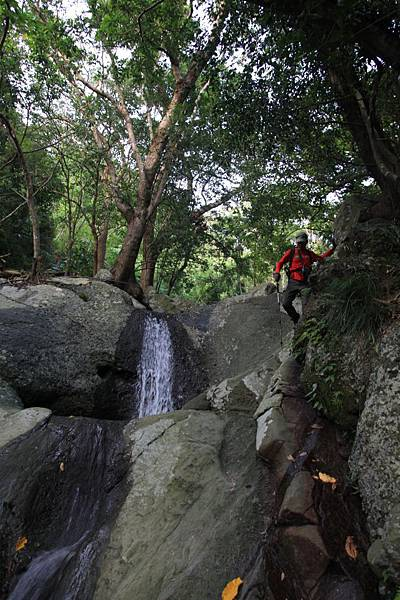 B-七孔瀑布7