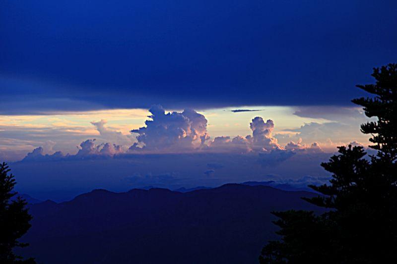 B-玉山雲海.jpg