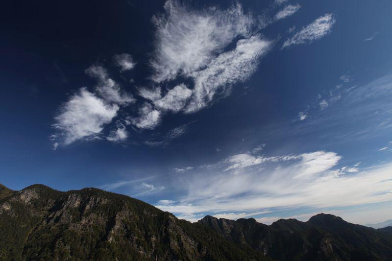 雪山雲4.jpg