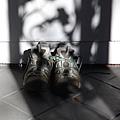 Y-登山鞋.jpg