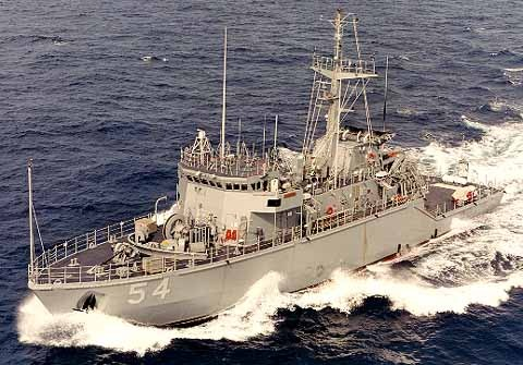 photo_Osprey class minehunter鶚級獵雷艦_美國海軍)