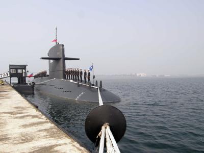 台军海龙级潜艇