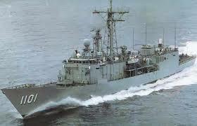 成功級首艦成功號(PFG-1101)試航時的照片