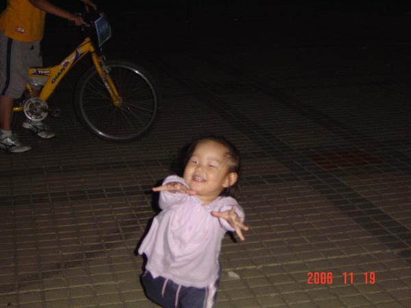http://f4.wretch.yimg.com/beastjpoa/4/1294421707.jpg