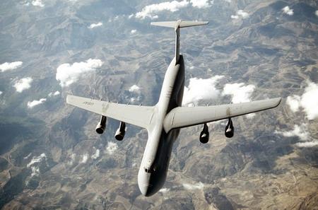 美國空軍C-5運輸機_將執行超過70項升級與改進以及安裝新式更大推力更可靠的發動機.jpg