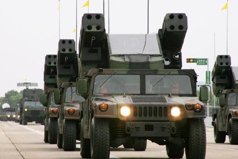 復仇者飛彈車-以悍馬車為載具