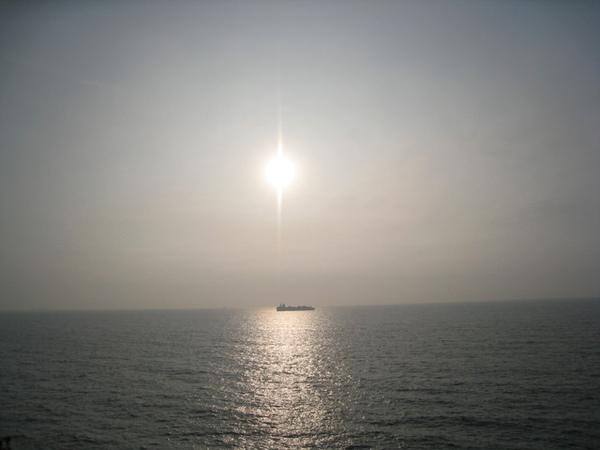 原來是看海和夕陽的好地方~果然旁邊都是閃光